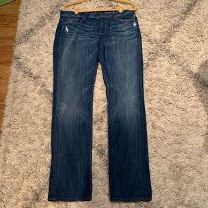 7FAM straight leg jeans bling on pocket size 32